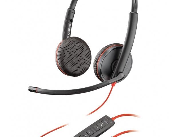 Новинки Plantronics: гарнитуры серии Blackwire 3200 для унифицированных коммуникаций